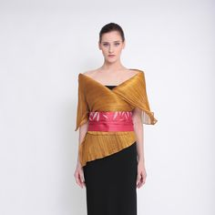 Modern Filipiniana Dress, Traditional Dresses, Curves, Bell Sleeve Top, Vogue, Sari, Gowns, Elegant, Drawing Techniques