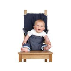 Le siège nomade Totseat permet de sécuriser votre enfant dès qu'il se tient droit dans la plupart des chaises adultes, comme une chaise haute instantanée. C'est le siège idéal et compact à emmener partout avec vous. Il se plie et se range dans un sac grand comme une main et est très simple à utiliser. Son dossier est extra large et réglable par un double maintien en haut et en bas, l'assise s'adapte sur 3 hauteurs pour suivre la croissance de votre enfant.