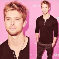 Drew Van Acker. Aka Jason From Pretty Little Liars. Gorgeous!