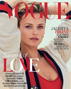 Top model Edita Vilkeviciute covers the June 2017 issue of Vogue Mexico and a sultry beach story 'Y Dios creó a Edita'. Valentina Collado styes Edita in modern, water beauty minimalism lensed by Chris Colls./ Hair by Conrad Dornan; makeup by Sil Bruinsma Vogue Magazine Covers, Vogue Covers, Vogue China, Vogue Uk, Edita Vilkeviciute, Vogue Mexico, Fashion Cover, Women's Fashion, Fashion History