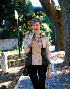 pictures source at www.coffeeblooms.com http://www.coffeeblooms.com/coffeeblooms/2014/12/classy-trench-in-beige-tweed-black/  #trench #tweed #beige #black #fashion #style #look #outfit #closet #wear #dressup #fashionable #chic #streetstyle #style