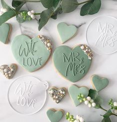 Wedding Cookies, Wedding Cake Toppers, Wedding Favours, Wedding Ideas, Fondant Cookies, Royal Icing Cookies, Heart Cookies, Cut Out Cookies, Fondant Stamping