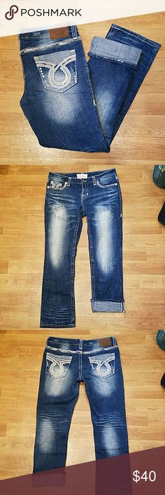 Lightly worn Big Star Capris Very comfortable Capris. Stetchy Size 32. no stains or holes Big Star Jeans Ankle & Cropped