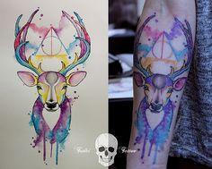 Com muito estilo, a eslovena Simona Borstnar usa aquarela e realismo em suas tatuagens: http://followthecolours.com.br/tattoo-friday/simona-borstnar/
