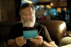 Robin Williams playing 3DS in the Nintendo Spot. #Robin #Williams #Zelda #spot
