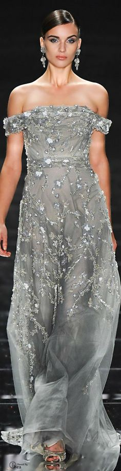 Glamour and Beauty Style Couture, Couture Fashion, Runway Fashion, Fashion Beauty, Fashion Moda, High Fashion, Fashion Fashion, Beautiful Gowns, Beautiful Outfits