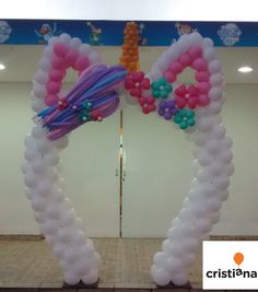 Arco de balões para festa de Unicórnio.