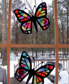 Stained Glass Butterflies Stained Glass Tissue Paper Butterflies Things To Do With Kids When Stuck Inside Small Stained Glass Butterfly Patterns Glass Butterfly, Butterfly Crafts, Butterfly Project, Butterfly Template, Crown Template, Butterfly Mobile, Heart Template, Flower Template, Crafts To Do