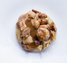 Le cookie cacahuète caramel de Cédric Grolet du Meurice chez colette à Paris | Vogue