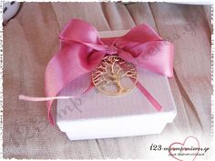 ΣΤΟΛΙΣΜΟΣ ΓΑΜΟΥ ΚΑΙ ΒΑΠΤΙΣΗΣ ΜΑΖΙ ΣΕ ΣΑΠΙΟ ΜΗΛΟ - ΑΚΤΗ ΔΙΟΝΥΣΙΟΥ - ΚΩΔ:MET-950 Diy And Crafts, Gift Wrapping, Gifts, Gift Wrapping Paper, Presents, Wrapping Gifts, Favors, Gift Packaging, Gift