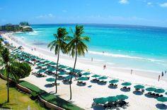 Top 10 lugares no Caribe para suas próximas férias.  O Caribe é um destino atraente pelo brasileiro não só pela proximidade, mas também por oferecer opções para todos os bolsos. Descubra aqui dez lugares para aproveitar esta região paradisíaca com praias de areias brancas e mar turquesa transparente.