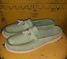 LL BEAN MINT GREEN LEATHER MOCCASINS MULES LOAFERS CLOGS SLIP ON 9.5 M LADIES  #LLBEAN #LoafersMoccasins