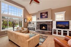 Beautiful family room, Burnstead home Issaquah Highlands