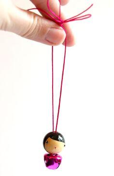 Mini Grelot Fuchsia : LeS PoiS PlumeS, la boutique