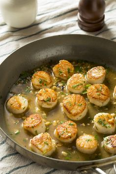 These Are the Best Pan Seared Sea Scallops You'll Ever Make! These Are the Best Pan Seared Sea Scallops You'll Ever Make! Pan Fried Scallops, Dried Scallops, Sea Scallops, Fisher, Oatmeal Energy Bites, Best Pans, Scallop Recipes, Food Crush, Seafood Dinner