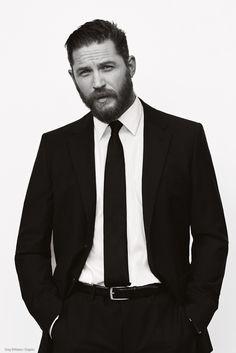 tom hardy suit&tie