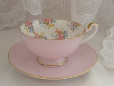 Tea cup with floral print on the inside! Beautiful!