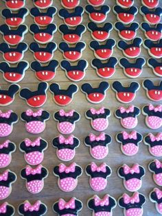 Busy Bees Cookies - cookie Platters, bouquets & Favors  !!!!! Fun, creative, decretive treats for any occasion!!! And only $15!!!