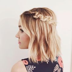 """A lil messy macrame braid for my favorite designer @papercrownluvsu + @laurenconrad"""