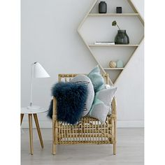 Nordic Days is a website with Scandinavian interiors where you learn everything about Scandinavian design and the latest home interior trends. Scandinavian Interior, Home Interior, Interior Decorating, Interior Design, Scandinavian Style, Scandi Living, Etagere Design, Living Room Inspiration, Home Accessories