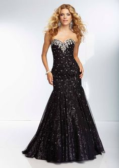 Style YAZAL Glitter Mesh Gown with Godet Inserts and Jeweled Beading  Zipper Back. Colors Available: Black/Silver, Blush/Rose Gold. Sizes Available: 0-24.   Precio :$1.421.750 Pesos Colombianos Precio : $ 790 Dolares Americanos