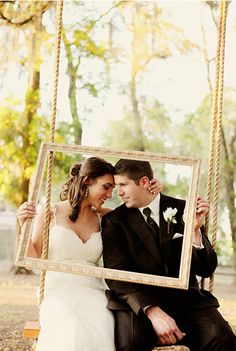 In love with the picture frame idea.