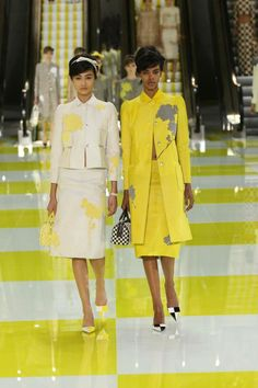 302691_10152147682195125_673104337_n.jpg 640×960 pixels. Louis Vuitton spring/summer 13 show. #brights for mother of the bride.