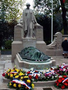War Memorial Valenciennes.