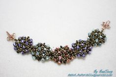 LOVE this bracelet tutorial. Lots of great pictures along the way to help you make your own!
