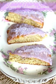 This homemade lavender vanilla scones recipe is easy to make and they come out light, buttery,and flakey.They freeze well, too. Perfect breakfast or brunch.: Vanilla Scones Recipes, Scone Recipes, Cannoli, Lavender Scones, Lavender Cake, Lemon Scones, Lavender Cottage, Beignets, Just Desserts