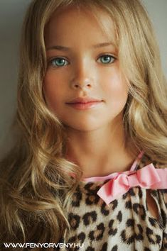 Kristina Pimenova - young child model from Moscow, Russia Pretty Kids, Beautiful Little Girls, Cute Little Girls, Beautiful Children, Beautiful Eyes, Beautiful Babies, Cute Kids, Beautiful People, Most Beautiful