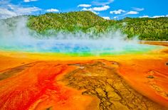 Grand Prismatic Spring, Yellowstone National Park (Photo: Krzysztof Wiktor/Shutterstock)