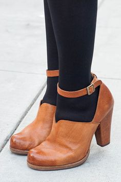 How S.F. Gals Do Footwear #refinery29  http://www.refinery29.com/best-summer-shoes-san-francisco#slide27  Riegal Cohen keeps it classic.