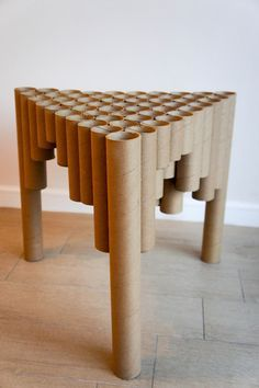 table born from the recycling of cardboard tubes the random arrangement of . Diy Furniture Nightstand, Diy Cardboard Furniture, Cardboard Design, Cardboard Crafts, Furniture Making, Cardboard Playhouse, Plywood Furniture, Paper Furniture, Fireplace Furniture
