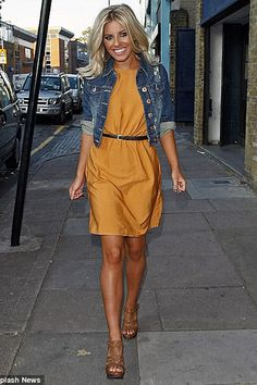 minus the fake tan... lovely dress!