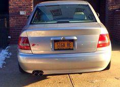 etsi: 12 Ξεκαρδιστικές πινακίδες αυτοκινήτων από ομογενε...