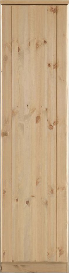 Drehtürenschrank »Ribe«. Kleiderschrank im Landhaus-Stil. Aus FSC®-zertifiziertem, massiven Kiefernholz, wahlweise weiß oder naturfarben lackiert oder gelaugt/geölt (Holzstruktur sichtbar). Maße (T/H): je 60/202 cm. Mit Holzgriffen.  Inneneinteilung 1-türig, Breite 51 cm: Hinter der Tür ein Ablageboden und eine Kleiderstange aus Metall.  Inneneinteilung 2-türig, Breite 101 cm: Links hinter der ...