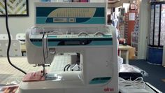 Elna sewing machine 3230