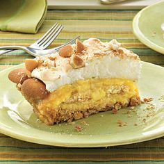 Old-Fashioned Pies & Cobblers | Banana Pudding Pie | SouthernLiving.com