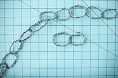 silver pipe cleaner garland