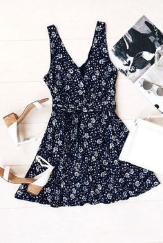 Dress in this whimsical number, the Poppy Patch Navy Blue Floral Print Skater Dress, at your next summer soiree and you're sure to stop the show! Cute Dresses, Casual Dresses, Casual Outfits, Cute Outfits, Fashion Outfits, Womens Fashion, Dresses Dresses, Casual Clothes, Trendy Dresses