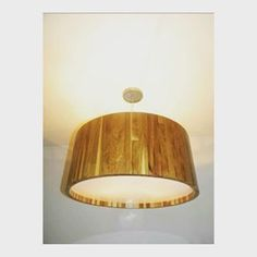 Boa noite # teça feira  #pendente madeira#teka # luminarias #new #  #decoração #decorador #decora #arquiteto #arqumadeiraitetura #style #rustic #homedecor #interiores #interiordesing #vendas #planejados #loja #lojas #compre #falowme #sigame #comprasonline #instahome  Gostou ? Entre em contato conosco Telefone : 4137 - 9937 Email: contatoarteluzobjetos@hotmail.com