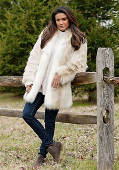 8fa4a5667ef1 15 Best Accessorize with Faux Fur! images