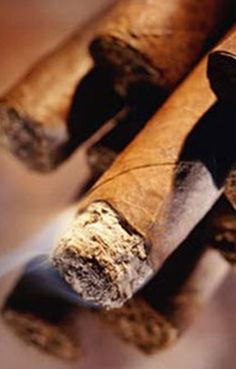La Casa del Habano is an internationally acclaimed franchise chain of Cuban Cigars Shops.