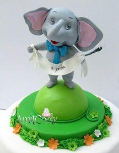 Elephant Cake - Cake by Nili Limor Cake Pictures, Cake Pics, Cupcake Cakes, Cupcakes, Elephant Cakes, Animal Cakes, Novelty Cakes, Gum Paste, Desserts