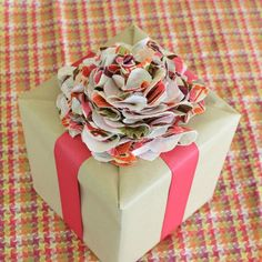 Top your Mother's Day gift with this cute fabric flower made by @Alyssa@ myclevernest.com out of @HGTV HOME fabric :)