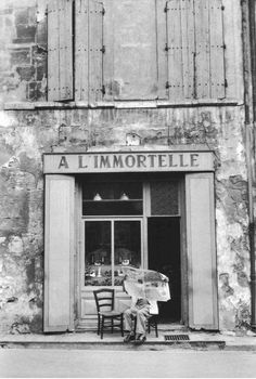 Henri Cartier-Bresson, Arles, France, 1959.