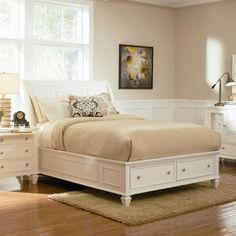 Coaster Sandy Beach White E King Bed With Footboard Storage