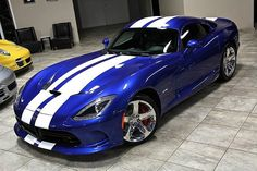 Viper Gts, Dodge Viper, Pit Viper, Dodge Challenger, Modern Muscle Cars, American Muscle Cars, Us Cars, Sport Cars, Sexy Cars