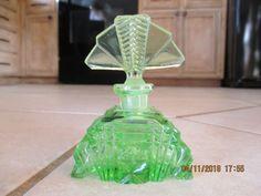 Vintage Czech Perfume Bottle Stopper Green Czechoslovakia #czechoslovakia
